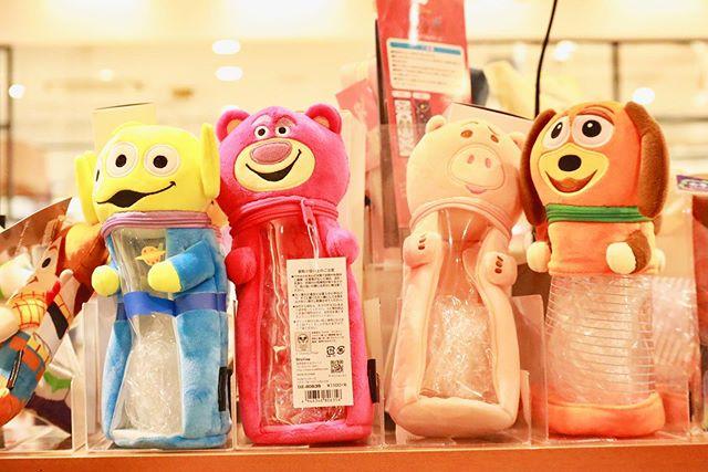 ✩#toystory4 ペンポーチ 1,100円+tax⋆⋆#disney#ディズニー#toystory#toystory4#トイストーリー#トイストーリー4#トイストーリーグッズ#リトルグリーンメン#ロッツォ#ハム#ドクターポークチョップ#スリンキー#ステーショナリー#ペンポーチ#かわいい#cute#こびとたちがつくったお店#zaccania#ザッカニア#流山おおたかの森#流山おおたかの森sc#おおたかの森